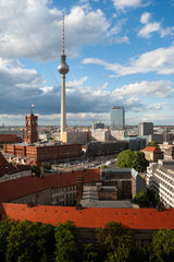 Berlin  Deutschland  Berlin-Mitte mit Alexanderplatz und Fernsehturm