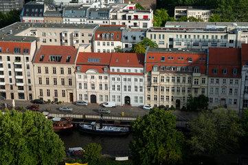 Berlin  Deutschland  Wohnhaeuser in Berlin-Mitte