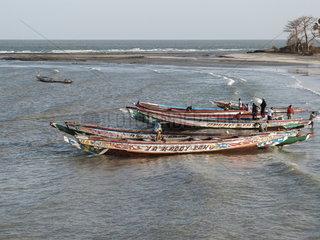 Kuestenfischerei in Gambia