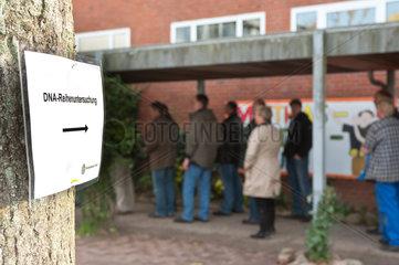 Reinfeld  Deutschland  Massengentest im Kreis Stromarn