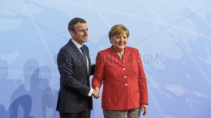 Emmanuel Macron  Praesident der Franzoesischen Republik   Angela Merkel (CDU)  Bundeskanzlerin  CDU-Vorsitzende