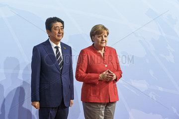 Shinzo Abe  Premierminister Japan  Angela Merkel (CDU)  Bundeskanzlerin