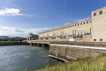 Wasserkraftwerk an der Rhone in Frankreich