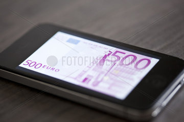 Smartphone displaying image of five-hundred euro banknote
