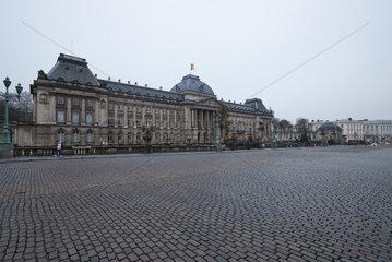 Bruessel  Region Bruessel-Hauptstadt  Belgien - Das Palais Royal am Place de Palais.