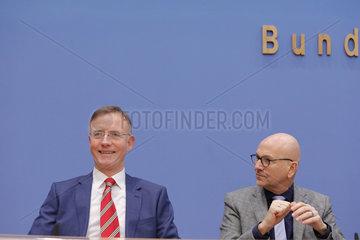 Bundespressekonferenz zum Thema: Rueckblick 2018 / Ausblick 2019 des Deutschen Staedte- und Gemeindebundes (DStGB)