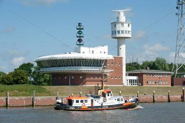 Brunsbuettel  Deutschland  die Verkehrsleitzentrale Unterelbe am Nord-Ostsee-Kanal