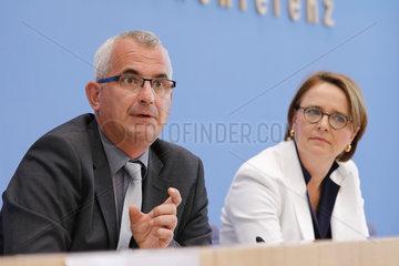 Bundespressekonferenz zum Thema: Ergebnisse des SVR-Integrationsbarometers 2018