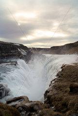 Island  am beruehmten Wasserfall Gullfoss