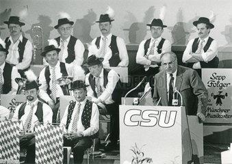 Helmut Kohl  Bundeskanzler  Rede CSU-Parteitag  1986