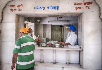 Imbiss im Sikh Tempel