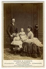 Kronprinz Frederik von Daenemark mit Familie  1877
