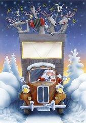 Weihnachtsmann faehrt Truck im Tiefschnee