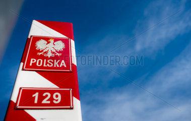 Grenzstein der Republik Polen
