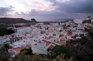 Agaete  Gran Canaria  Spanien  Blick auf den Urlaubsort