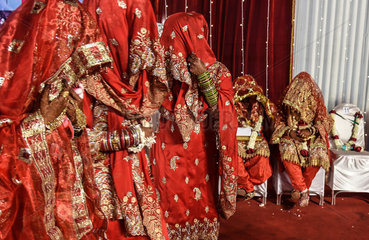 INDIA-MUMBAI-MASS WEDDING
