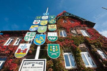 Burg  Deutschland  Rathaus und Amtssitz des Amtes Burg-St.-Michaelisdonn