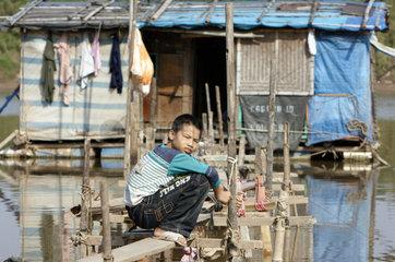 Vietnam  Strassenkind in Hanoi