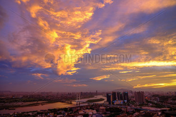#CHINA-FUJIAN-QUANZHOU-SUNSET-SKYLINE (CN)