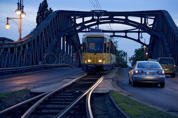 Niederflur-Tram der BVG