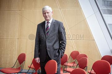 RWE AG Bilanzpressekonferenz 2016 - Dr. Rolf Martin Schmitz