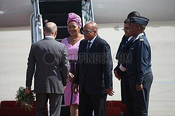 Olaf Scholz begruesst Jacob Zuma am 06.07.2017