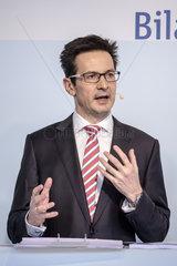 RWE AG Bilanzpressekonferenz 2016 - Dr. Bernhard Guenther