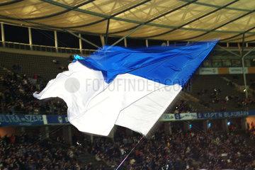 Berlin  Deutschland  Vereinsfahne des Fussballvereins Hertha BSC im Olympiastadion