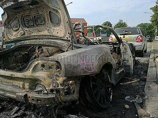 Ausgebranntes Auto nach Anti-G20-Protestnacht in Hamburg