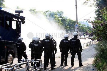 Wasserwerfereinsatz bei Anti-G20-Protest in Hamburg am 07.07.2017