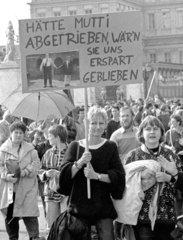 Demonstration gegen die Wiedervereinigung