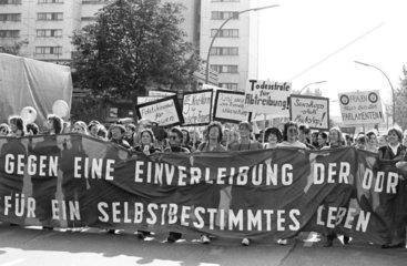 Frauendemo gegen die Wiedervereinigung