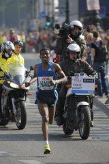Haile Gebrselassie beim 36 Berliner Real Marathon  Kilometer 41