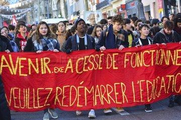 Schuelerdemonstration in Frankreich