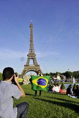 FRANCE - TOURIST IN PARIS