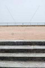 Stufen yur Promenade