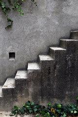 Verlassene Steintreppe