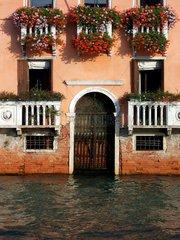 Venedig Tuer 6