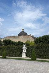Nebengebaeude vom Schloss Belvedere