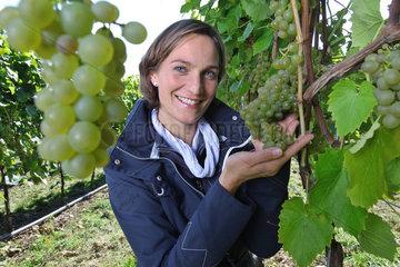 Malente  Deutschland  Melanie Engel auf Weingut Ingenhof in Malente