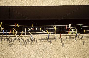 Waescheleine an Balkon