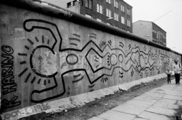 Keith Haring an der Beriner Mauer