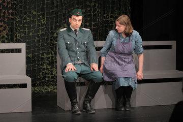 Flensburg  Deutschland  Proben fuer das deutsch-daenische Theaterstueck Graensen/Die Grenze