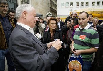 Bundestagswahlkampf 2009 - Wahlkampfkundgebung der Partei Die Linke mit Oskar Lafontaine