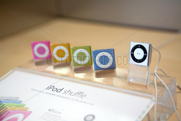 New York City  USA  das iPod Shuffle in verschiedenen Farben