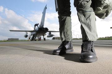 Jagel  Deutschland  Stiefel eines Tornadopiloten