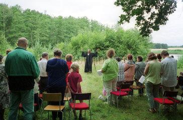 Oekumenischer Waldgottesdienst in Brandenburg