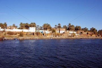 Aegypten Nilufer Dorf