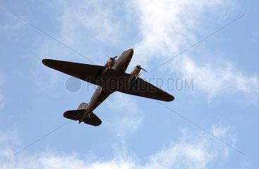 Berlin  Deutschland  das Flugzeug JU 52 in der Luft