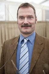 Prof. Dr. Roland W. S. Weber
